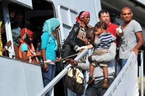 Migranti_46032740_300
